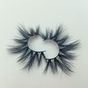 about eyelash modelling, the finalize the design craft that develops exclusively ensures come out eyelash is elegant and natural, be usnot hard, easy break, overgrown .We have all the styles of eyelashes from 13 -25 mmOur most popular are 18 mm 3D mink eyelashes and 25 mm large lashes.Especially 25 mm are very dramatic and amazing!